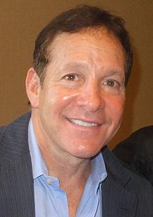 Steve Guttenberg